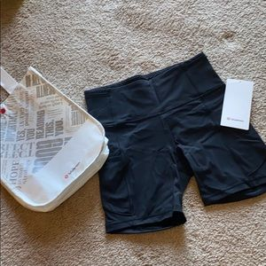 Lululemon: Fast and Free HR Short 6""